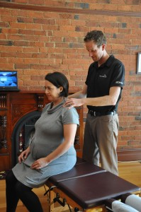 Pregnant woman examined by Eon